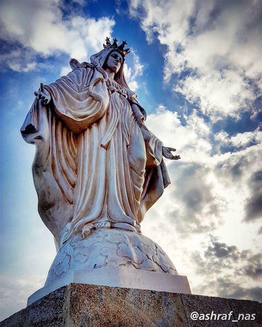 أؤمن أنَ خلفَ الريحِ الهوجاءِشِفاهٌ تتلو الصلاة...أؤمن أن في صمتِ الكونِ... (Tyre, Lebanon)
