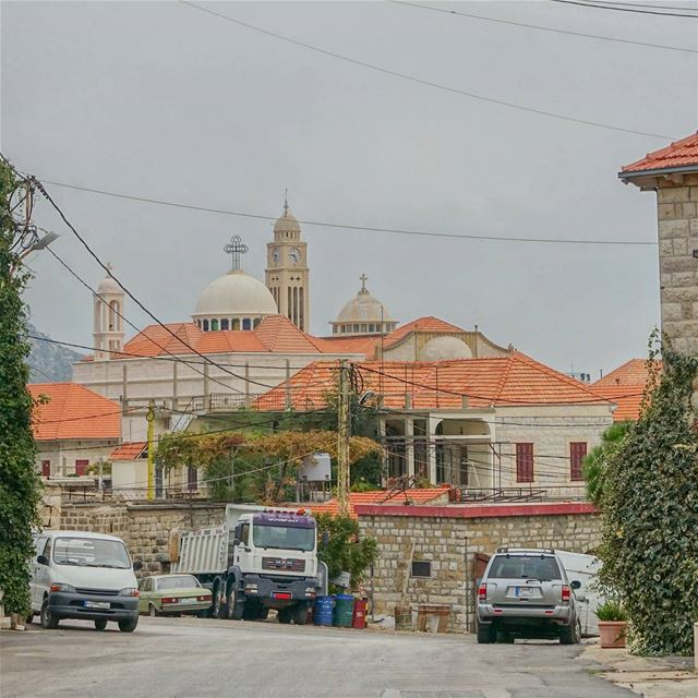 Driving into Douma throwback lebanon livelovebeirut lebanonbyalocal ... (Douma, Liban-Nord, Lebanon)