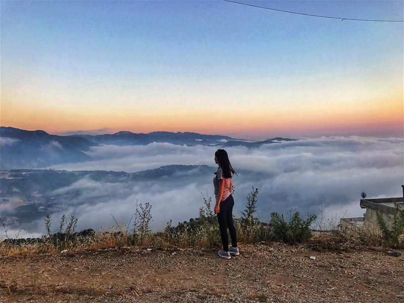 Between the clouds ☁️ livelovenature livelovelebanon nature ... (Annâya, Mont-Liban, Lebanon)