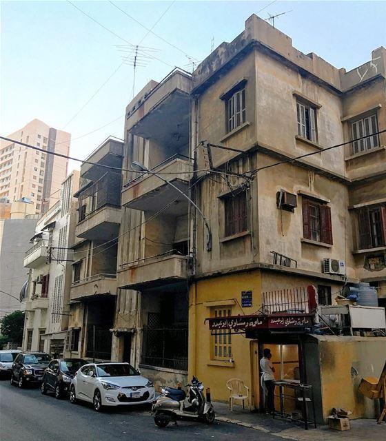 Beirut oldies 🇱🇧 photooftheday iphonephotography picoftheday travel ... (Beirut, Lebanon)