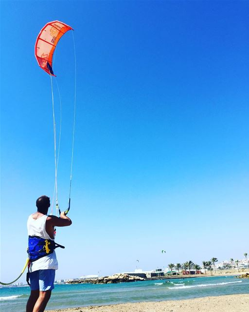 Kite session 🏝🏝🏝.. livelovebeirut  livelovesports  living ... (North Marina Beach)