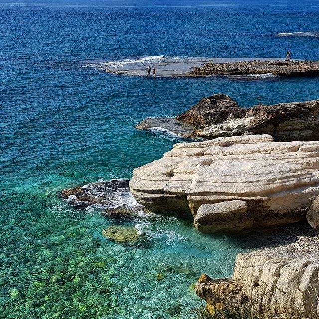 Go where your dreams take you 🤙🏻.... sea sun beach travel happy... (Naqoura)