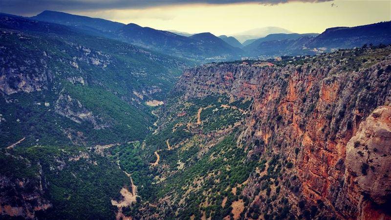 🌄 Akkar Mountains ⛺📷LEBANON -AKKAR- IN 26/5/2017 😍☺😎.. mountains ... (`Akkar, Liban-Nord, Lebanon)