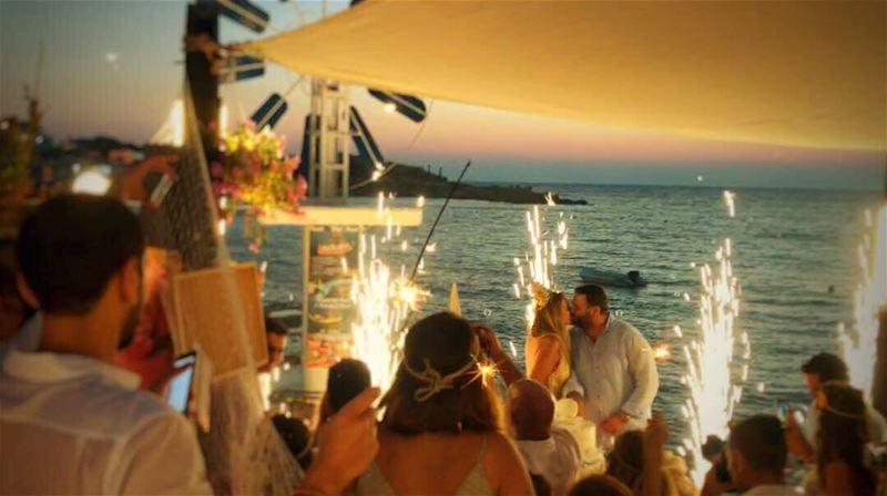 chezfouad bestbecholar joeyandamanda sunset love peaceful fireworks ... (Chez Fouad)