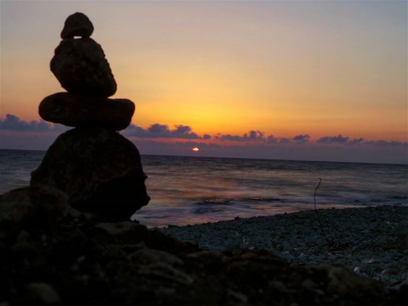 nikontop_ nikonworld bns_sky bns_sunset naturelovers unlimitedsunset... (Amchit)