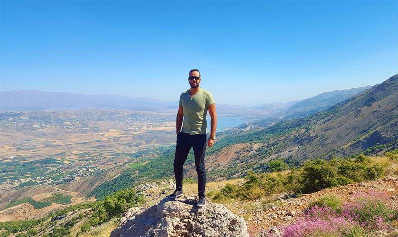 AtTheTop 😎 ⛰ (Bâroûk, Mont-Liban, Lebanon)