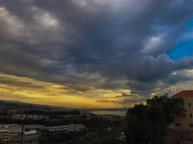 Beirut 💛💙Zouk• beiruting beirut lebanon beirutcity downtown ... (Zouk Mosbeh)