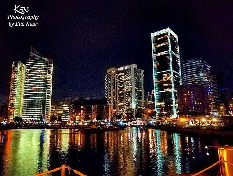 ...نعترف أمام الله الواحد نعترف أنّا كنا منك نغار وكان جمالكِ يؤذينا ب (Beirut Central District)