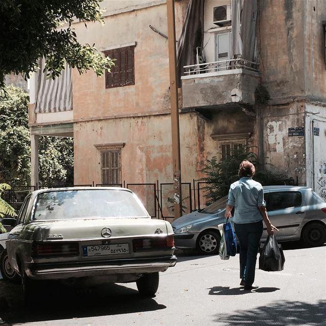 keepwalkinglebanon 🚶🏻♀️👜 ...... lbl beirut picoftheday ... (Beirut, Lebanon)