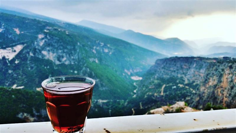 🍵 A cup of tea 😍 on a view of the Akkar Mountains🌄 📷 LEBANON - AKKAR -... (`Akkar, Liban-Nord, Lebanon)