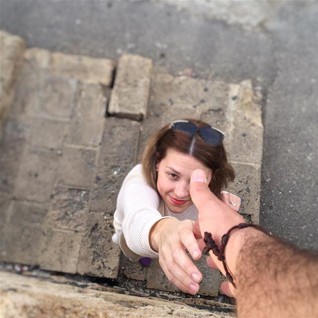 Take my hand ... @vitalina.a LiveLoveLebanon wearelebanon ... (Byblos - Jbeil)