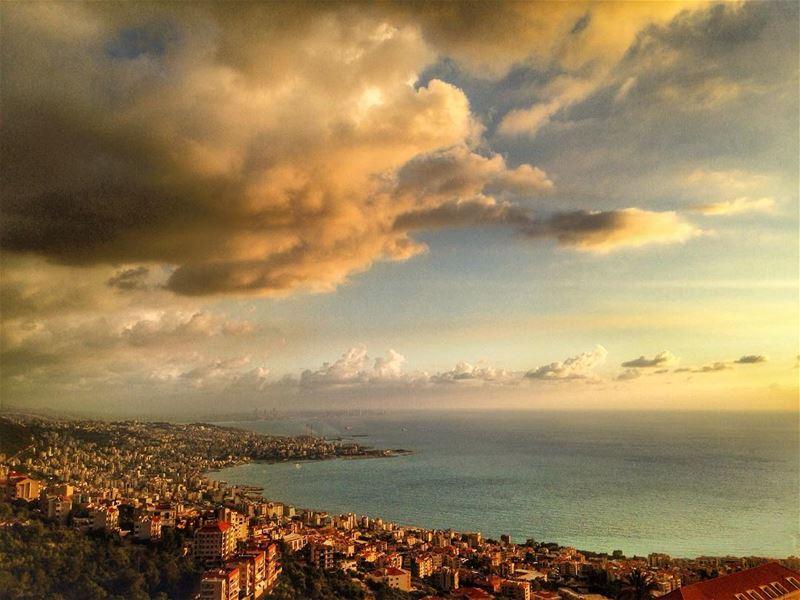 Jounieh❤️ jounieh livelovejounieh ghazir keseruan keserwan keserwen ... (Ghazir, Mont-Liban, Lebanon)