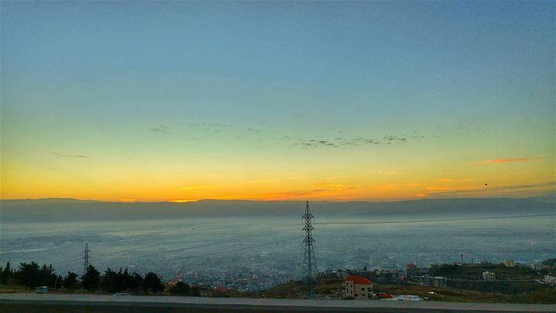 Sunrise from chtaura ❤..... lebanoninstagram chtaura lebanon_hdr ... (Chtaura)