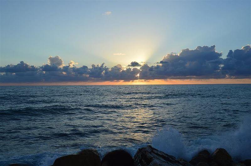 jbeil livelovejbeil sun ... (Jbeil-Byblos)