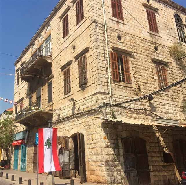 lebanon_hdr lebanon instalike building jounieh livelovelebanon ... (Joünié)