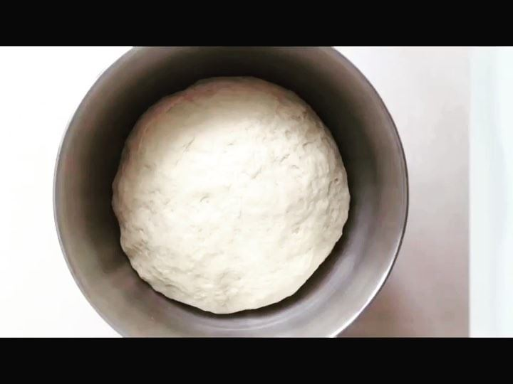 It's all about the dough👩‍🍳👨‍🍳👌🏻Time lapse of Za3tarino's Dough...