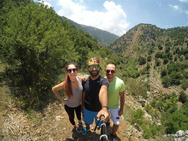 Hike while you can ✌😎 (Baskinta, Lebanon)