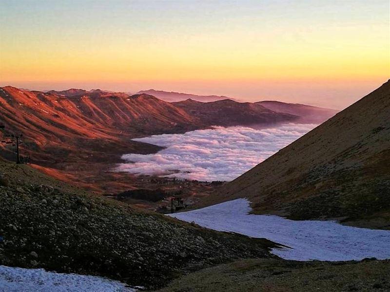 Heaven Sunrise hike🎈from Bsharri to Qurnet al Sawda ... (Qurnat as Sawda')
