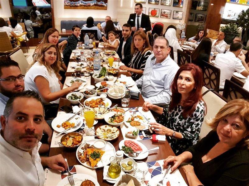 Family Reunion ❤️❤️❤️Eid Mubarak Everyone 🤝🙏 familyday familylunch... (Al Safadi Restaurant Umm Al Sheif)