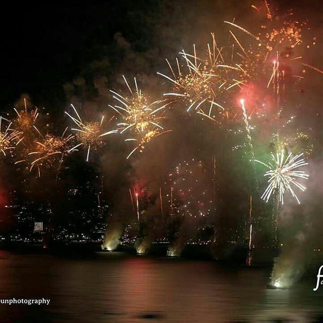 photo 4pics fadiaounphotography fireworks jounieh Lebanon ...