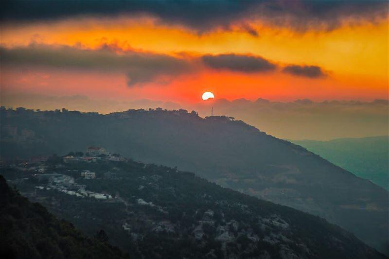 🇱🇧 Spontaneous last minute plans always turn into beautiful memories.... (Tourza, Liban-Nord, Lebanon)