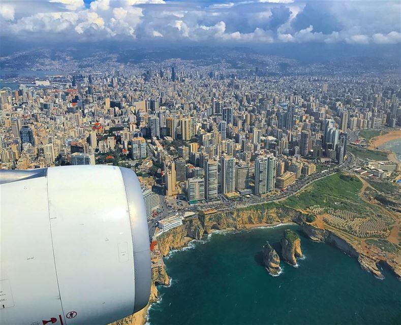 يا رايحين لبنان (Ar Rawshah, Beyrouth, Lebanon)