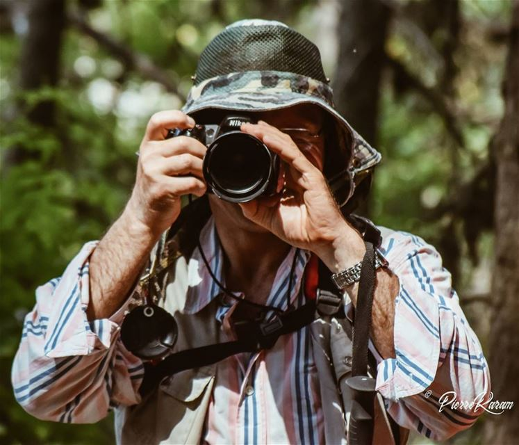 camouflage hidden photographer naturephotography nikonphotography...