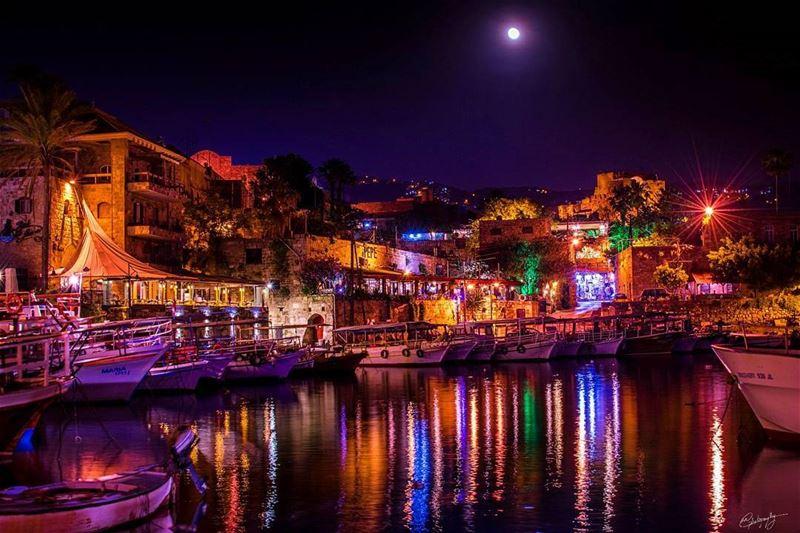 byblos night lebanon castle boats beach sea fishing moon ... (Byblos, Lebanon)