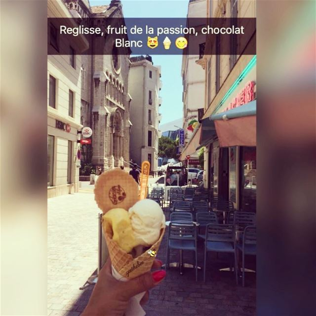 I ScreamYou ScreamWe all ScreamFor Icecream 🍦... cannes france ... (Glacier Vilfeu, Cannes)