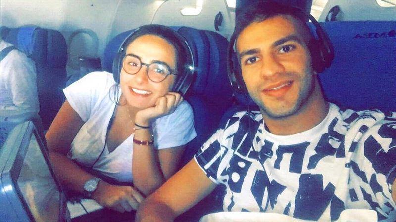 👑☝️صديقة الفرست كلاس والبزنس كلاس plane airplane friend sameflight... (Dubai, United Arab Emirates)