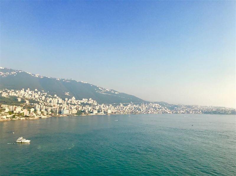 Ugh Jounieh 😍 day19 lebanon beirut jounieh livelovebeirut ... (Jounieh, Liban)