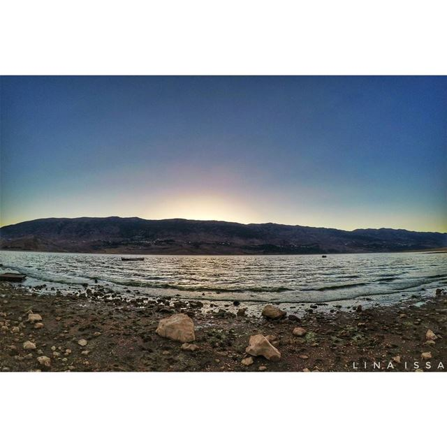 Peace and... (Lake Qaraoun)