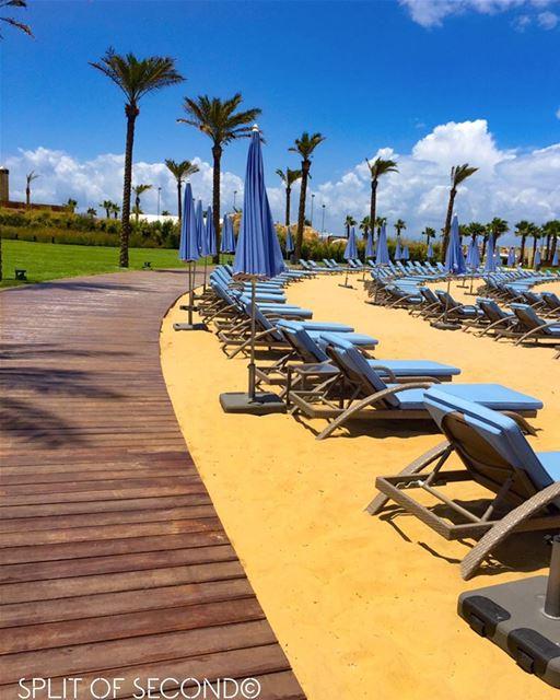 Shades of B L U E 💙 🇱🇧 .... lebanonspotlights lebanontimes ... (Kempinski Summerland Hotel & Resort Beirut)