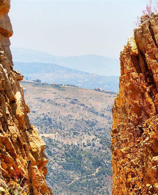 "... a ""rocking"" view ⛰------.. Lebanon_HDR Ливан Бейрут mylebanon ... (Qanat Bakish, Mont-Liban, Lebanon)"
