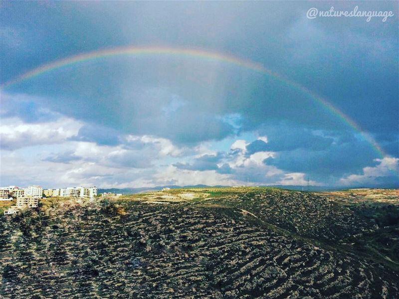 Yet another rainbow shows up at saida 🌈 ☀️ lebanon mylebanon ... (Saida ,Abra)