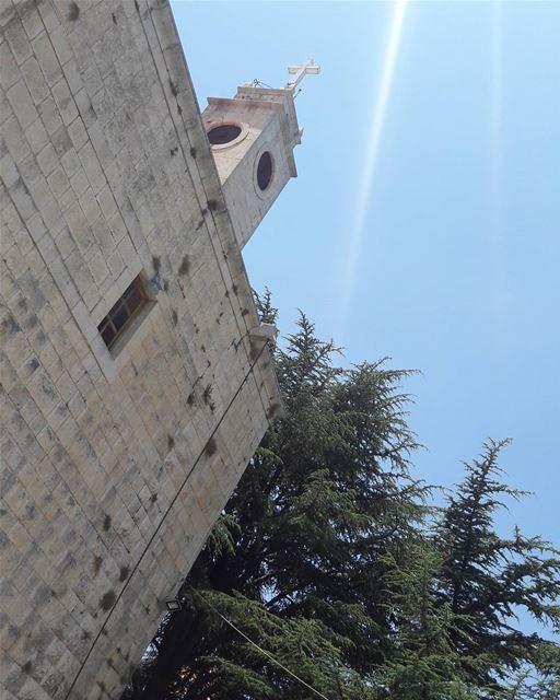 احد مبارك ..THIS PICTURE IS TAKEN BY ME.... welcometolebanon🇱🇧 ... (Jaj, Mont-Liban, Lebanon)