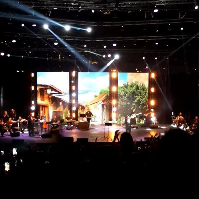 waelkfoury jounieh live concert nightlife lebanon stage music ... (جونية - Jounieh)