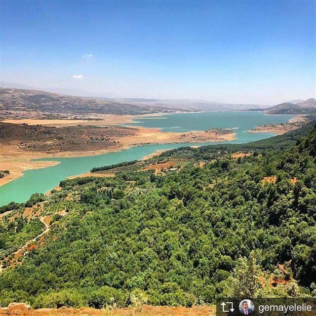 Repost from @gemayelelie walkthroughsaghbine Westbekaa saghbine bekaa... (Saghbîne, Béqaa, Lebanon)