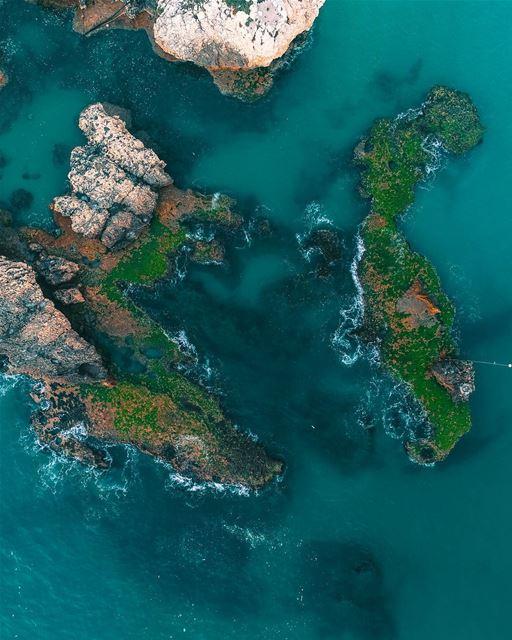 The beauty from above drone djiphantom4pro dronepilot copter ... (Batroûn)
