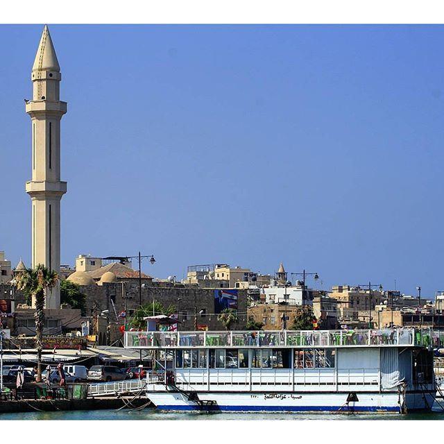@Livelove.Saida 's seaside by @rida_m_issa (Saïda, Al Janub, Lebanon)
