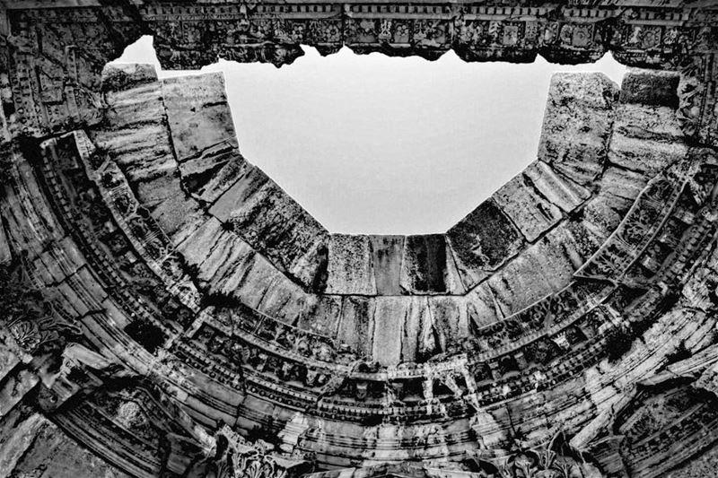 It's a matter of details lebanon baalbek monument tourism details ... (Baalbek, Lebanon)