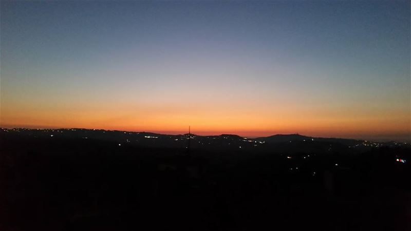 No filters needed 🌼 sunset nofilter nofilterneeded orange black blue...