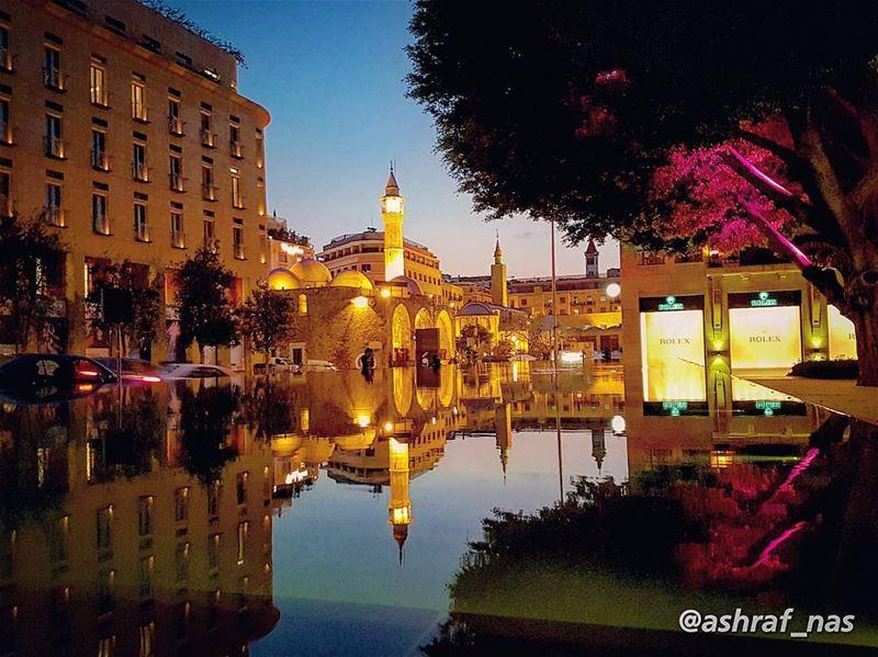 تصبحون على وطنمن سحابٍ ومن شجرمن سراب وماء... livelovetyre ... (Beirut, Lebanon)