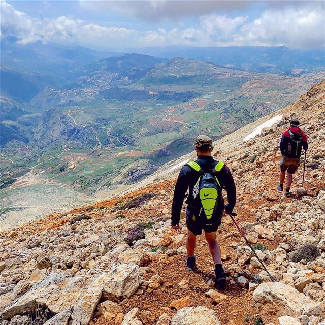 Ready to dive? 🏃🏃 hike run trailrunning grandecoulée nature ...
