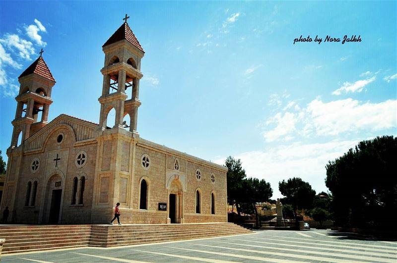 Saydet Bechwet deirelahmar saydetbechwet lebanon church amaizing ... (Saydet Bechwet- Der El Ahmar)