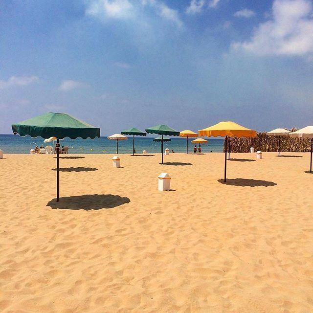 Sandy paradise by @mayaelkik (Jiyeh)