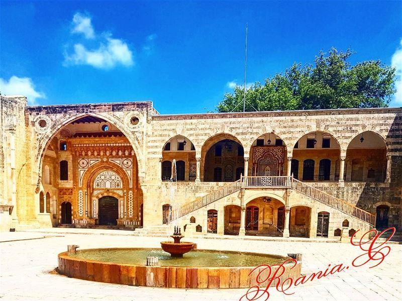 beiteddine beiteddinepalace lebanon chouf history ... (Beiteddine Palace)