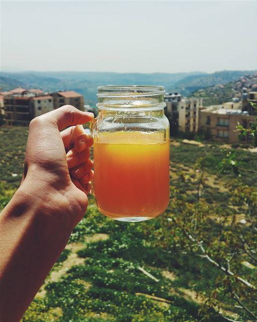 -A taste of the sun, like a sweet kiss of lustre- D livelovelife ... (Rwayset Sawfar)