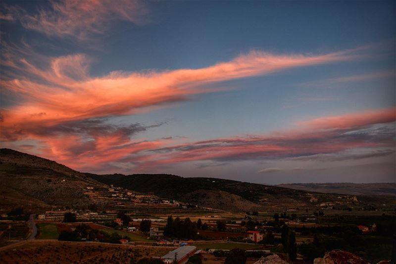 crazysky 🌅.... sunset sunsetporn sunsetpics landscape... (Maydaneh)