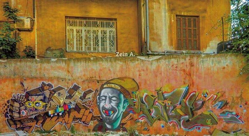 good evening colorful graffiti art🎨 streetphotography ... (Achrafieh, Lebanon)